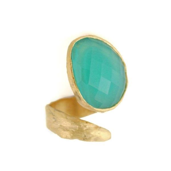 anillos dorado con cuerdo turquesa