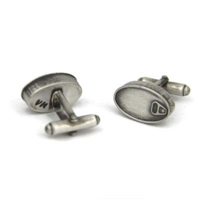 Gemelos de plata lata de conservas