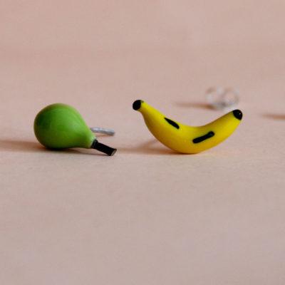 Pendientes diferentes Pera y plátano