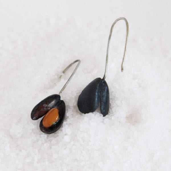 Silver Earrings, Mussel earrgins